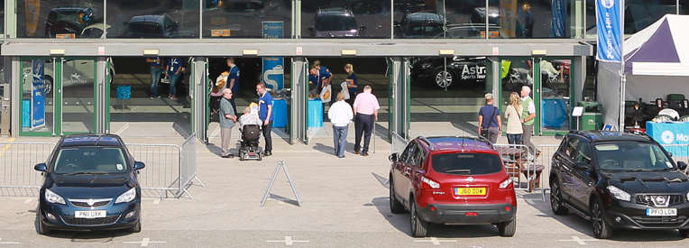 Disabled-visitors-at-entrance-of-Motability's-One-Big-Day