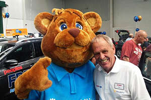 Billy-the-Bear-with-Roy-Pearman